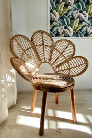 boho rattanowy fotel stokrotka drewniane nogi