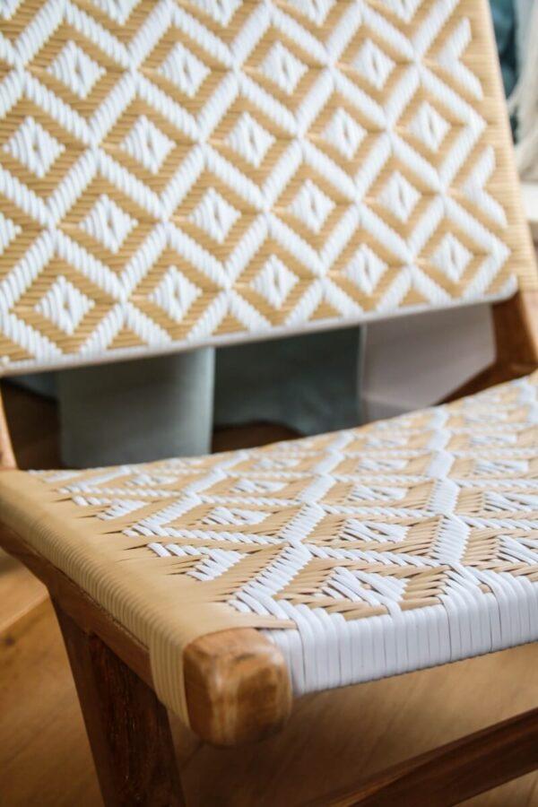 fotel drewnany rattan